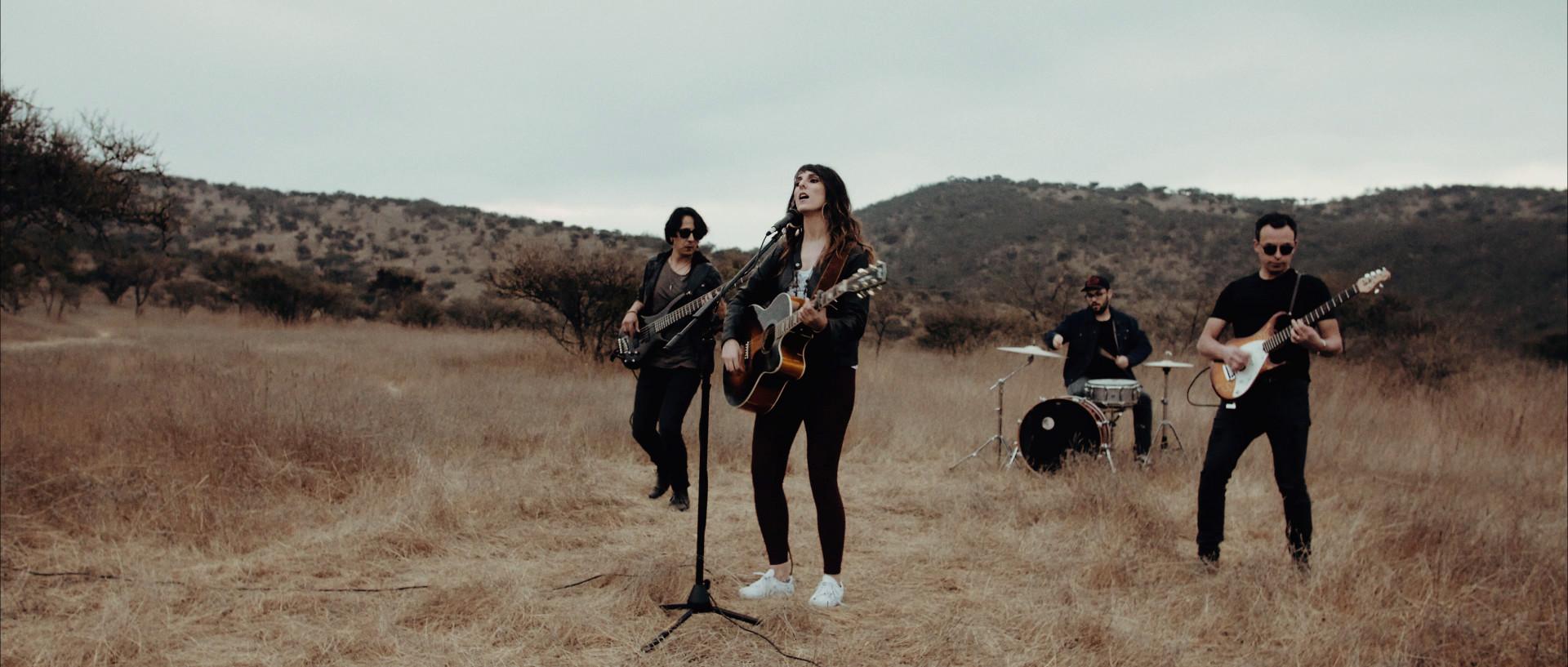 Daniela Amaya - A mi futuro - Videoclip dirigido y realizado por HolyMonkey - Productora Audiovisual - Santiago de Chile