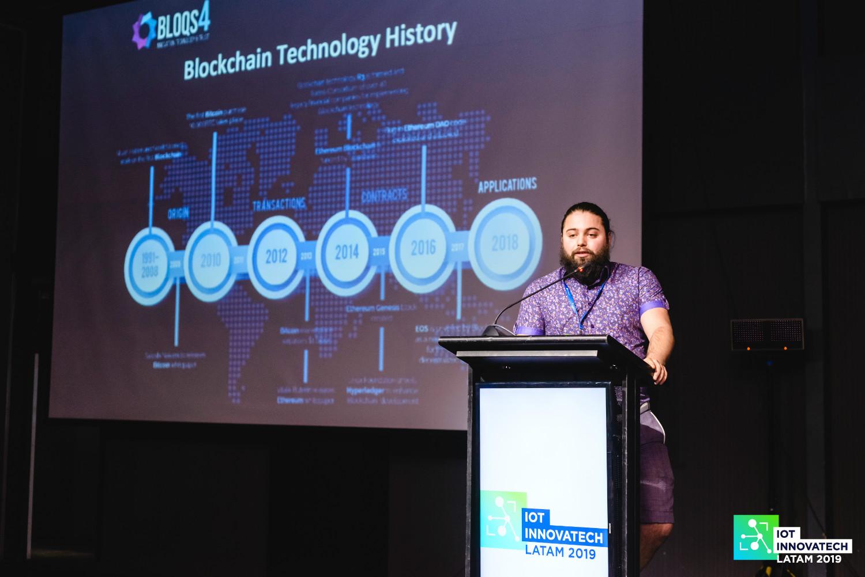 Registro de Evento en Video y Fotografía – IoT Innovatech - HolyMonkey - Productora Audiovisual - Diseño Web - Agencia Creativa